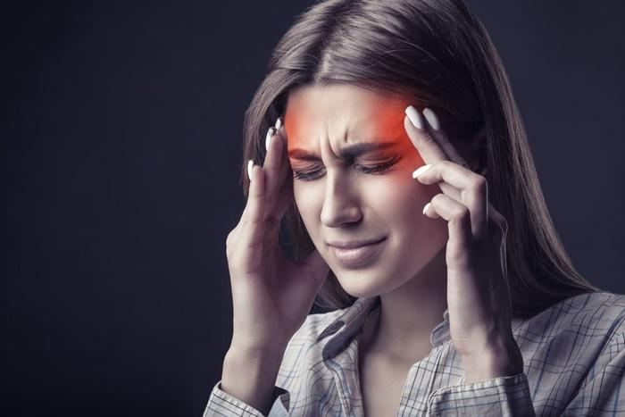 Baş Ağrısını İlaçsız Geçirmenin 13 Yolu 1