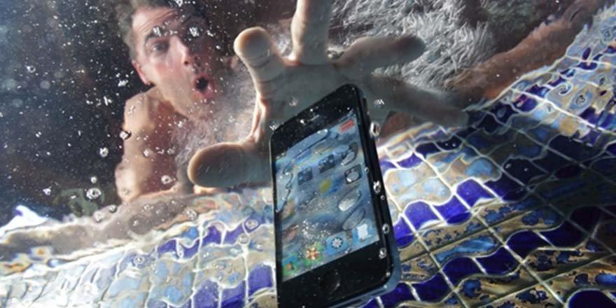 Suya Düşen Cep Telefonu Nasıl Tamir Edilir